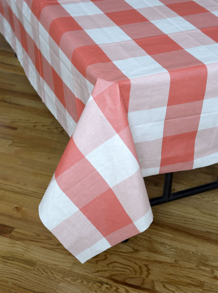 Big Block Plaid Tablecover - Red and White